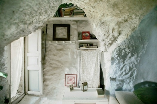 featured posts image for A cave house on the island of Filicudi