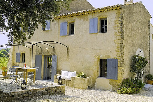 featured posts image for Living the simple life in a beautiful french villa