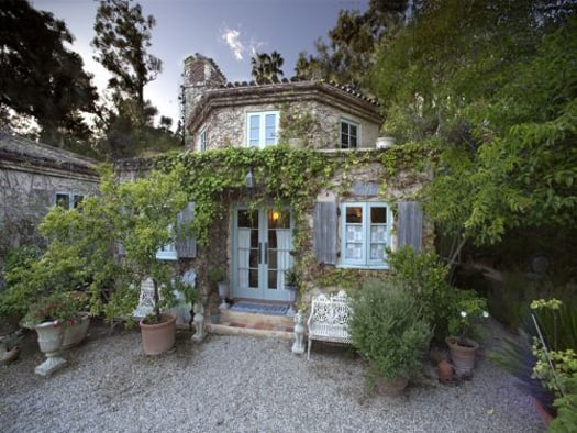 featured posts image for Step inside a very charming French Country home