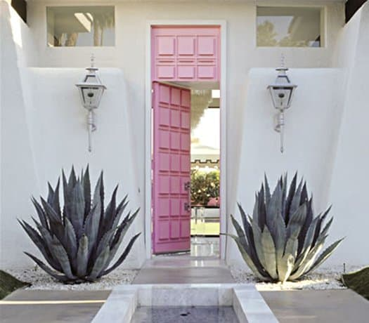 featured posts image for The house behind the pink door