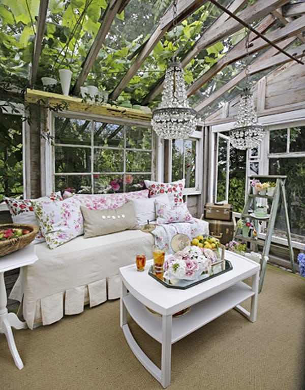 featured posts image for Glamorous vintage-inspired greenhouse