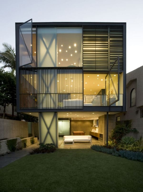 featured posts image for Modern sustainable living on the Venice Canal