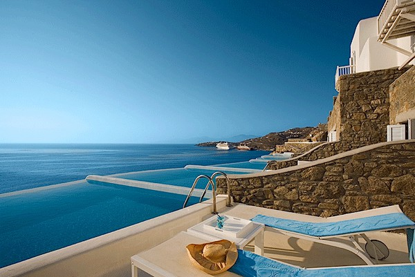 featured posts image for Escape to the luxurious island of Mykonos