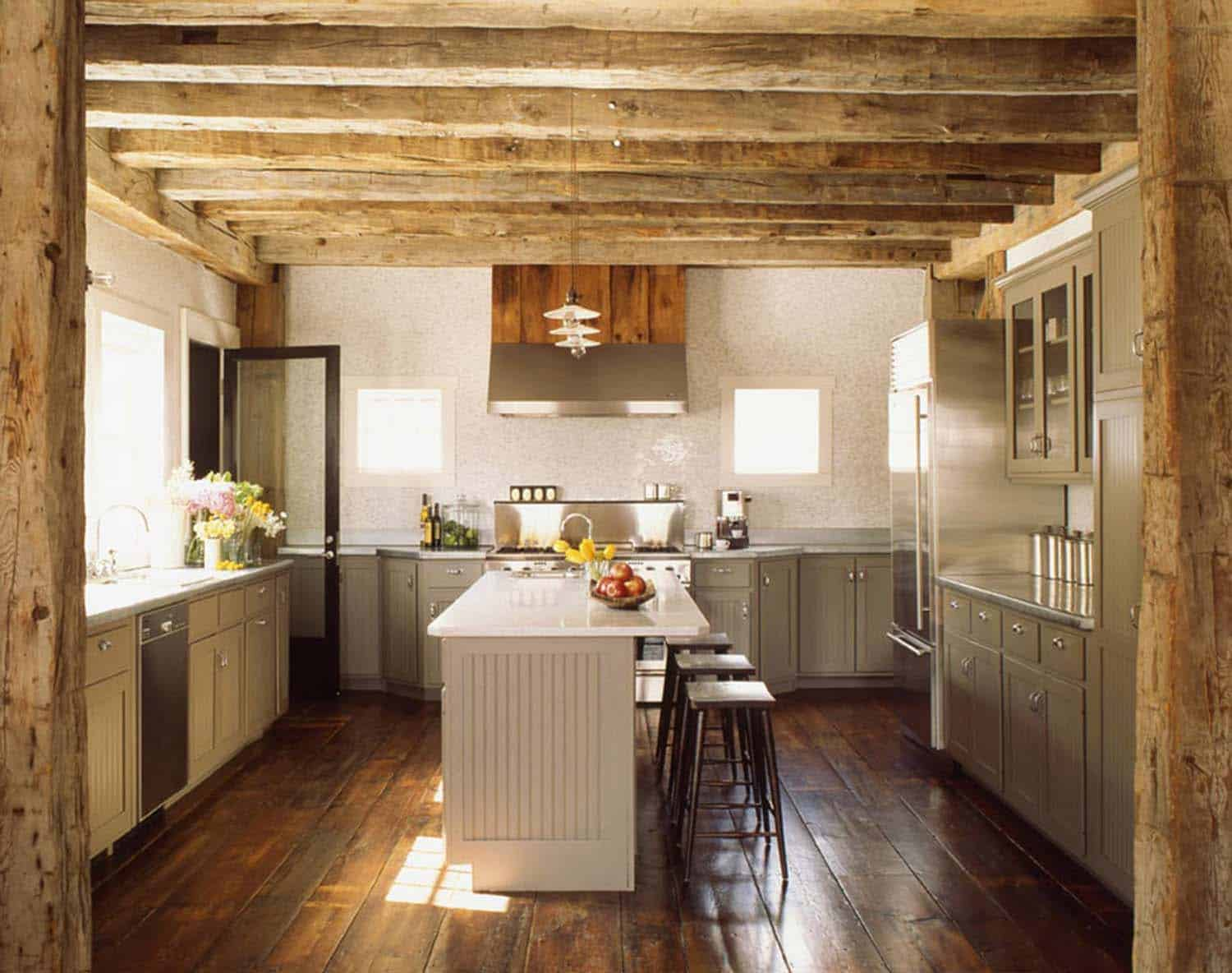 modern-rustic-barn-kitchen