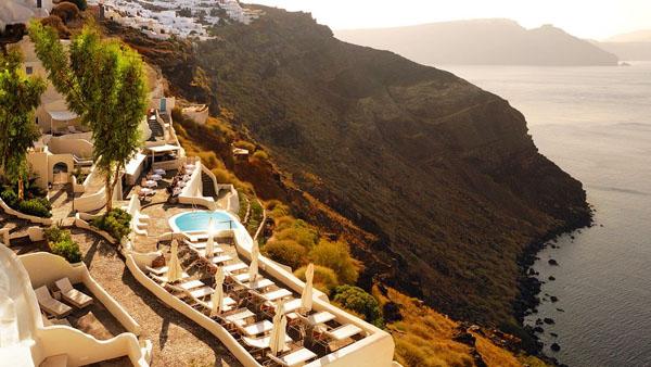 Mystique Resort-Santorini-10-1 Kindesign
