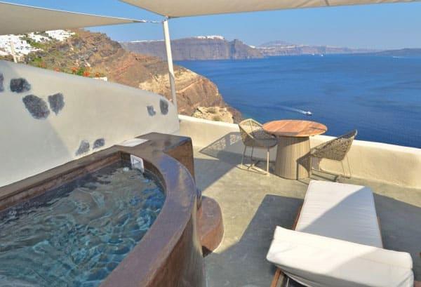 Mystique Resort-Santorini-15-1 Kindesign