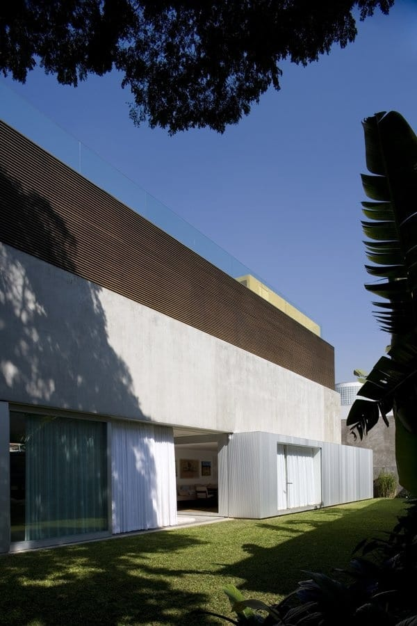 Sumare House-Isay Weinfeld Arquitecto-07-1 Kindesign