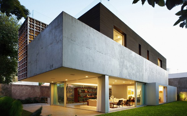 featured posts image for Modern and functional Sao Paulo escape: Sumaré House