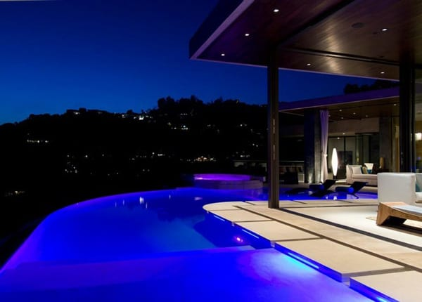 featured posts image for LA residence with stunning views