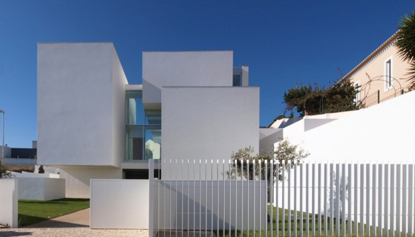 featured posts image for Minimalist house in Paço de Arcos