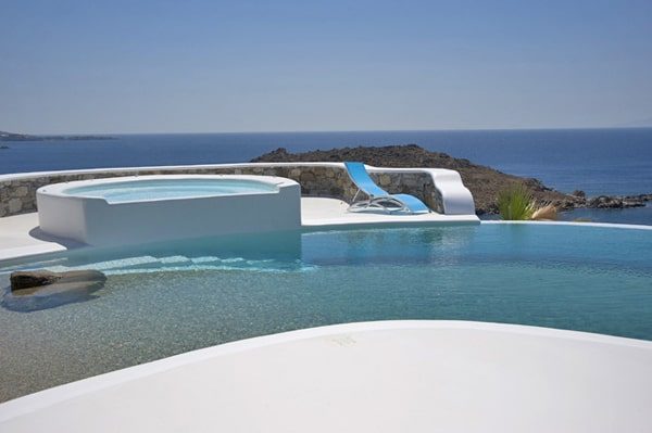 featured posts image for Escape to tropical luxury in Mykonos
