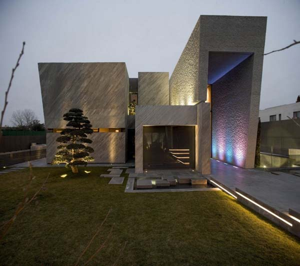 featured posts image for Modern sculptural home in Spain