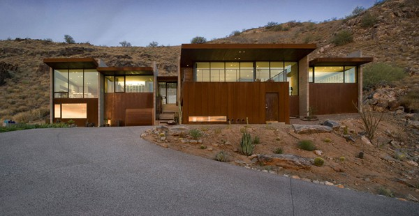 featured posts image for Modern concrete and glass desert home