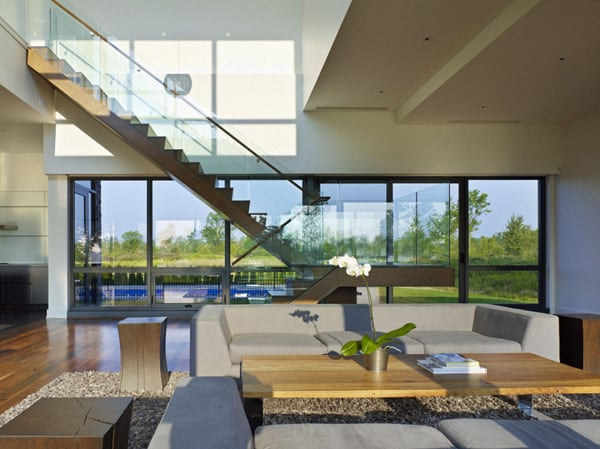 featured posts image for Awesome riverhouse along Niagara Falls