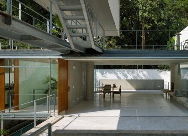 Amazing Brazilian Jungle House