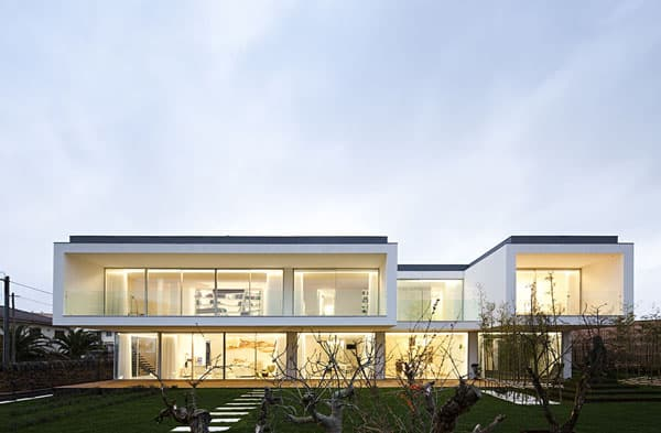 featured posts image for Extraordinary modern home in Portugal