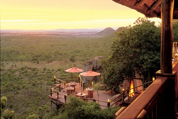 featured posts image for Luxurious safari lodge in the African wilderness