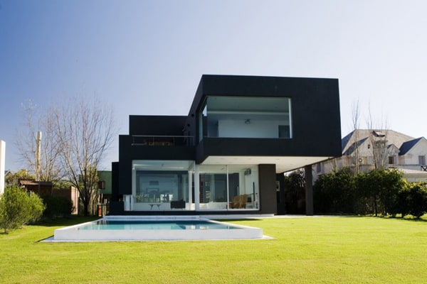 featured posts image for Modern black house on the lake