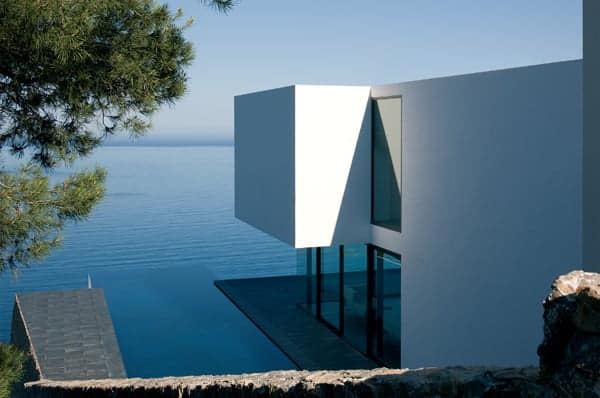 featured posts image for Perched on the edge of a cliff in Spain