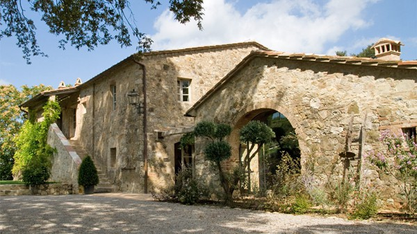 featured posts image for A beautifully restored farmhouse in Tuscany