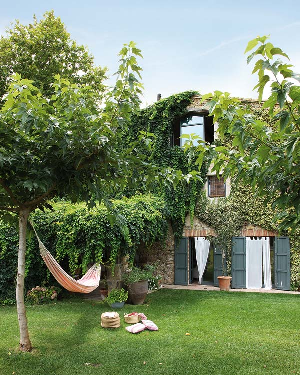 featured posts image for A restored farmhouse in beautiful Catalonia