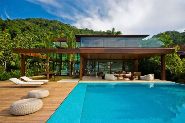featured posts image for A tropical summer retreat in Rio de Janeiro