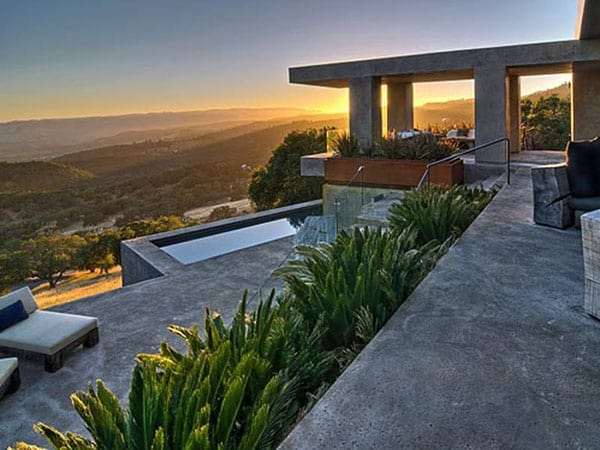 featured posts image for Contemporary estate with breathtaking views