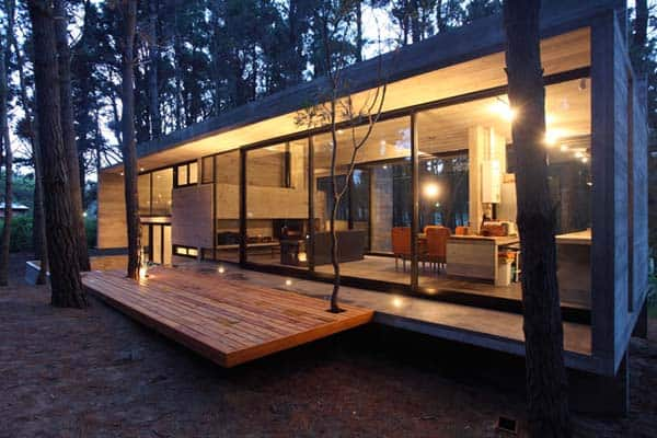 featured posts image for Incredible glass and concrete home in the forest