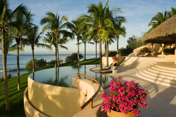 featured posts image for Beach villa overlooking Banderas Bay