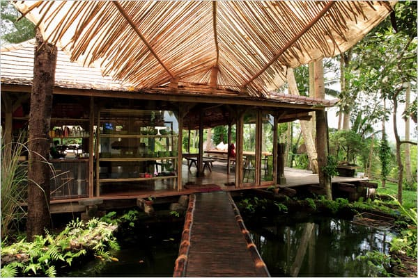 featured posts image for Stunning Balinesian jungle house