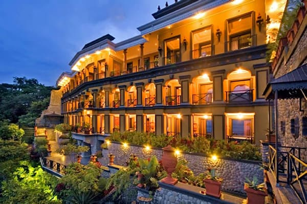 featured posts image for Retreat to a majestic palace in Costa Rica
