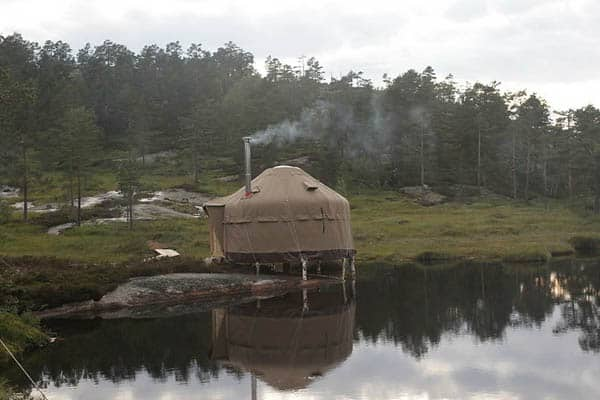 featured posts image for Glamping in Norway at the Canvas Hotel