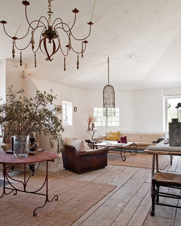 Rural shabby chic in provence one kindesign - Decoracion estilo shabby chic ...
