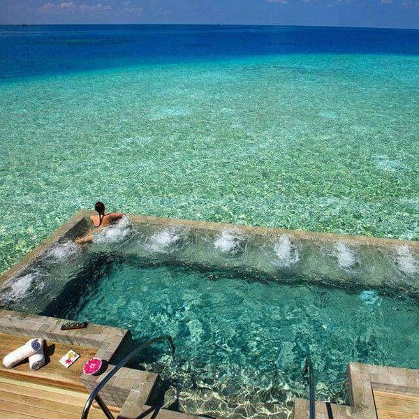 Velassaru Maldives-25-1-Kind-Design