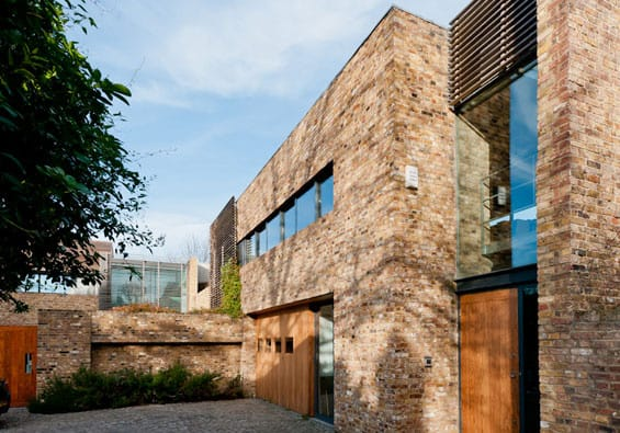 featured posts image for Exciting and bold contemporary house in London