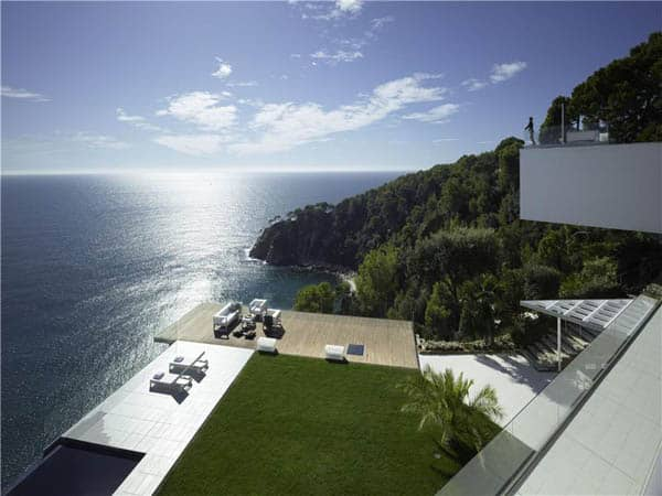 featured posts image for Spectacular modern villa with infinite views