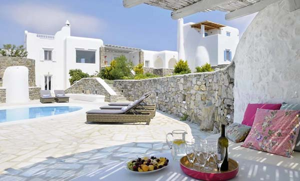 featured posts image for Luxurious oceanfront villa in Mykonos