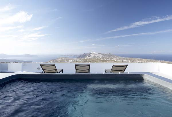 featured posts image for Sleek and stylish retreat on Santorini