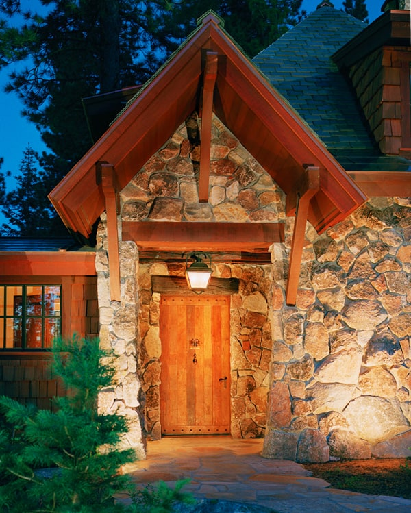 featured posts image for Mountain retreat with reclaimed old-world details