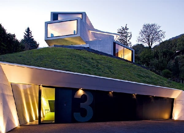 featured posts image for Amazing concrete home with views of the Swiss Alps