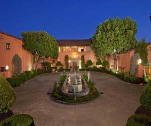 featured posts image for Look at what a $95 million mansion looks like!