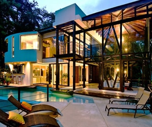 featured posts image for Sumptuous vacation retreat in a tropical rainforest