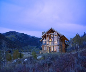 featured posts image for Rustic eco-home perched on Elkins Meadow