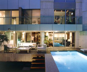 featured posts image for Modern concrete and glass duplex in Madrid