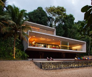 featured posts image for Modern beach house on the Brazilian coast
