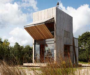 featured posts image for Whangapoua sled house beach retreat