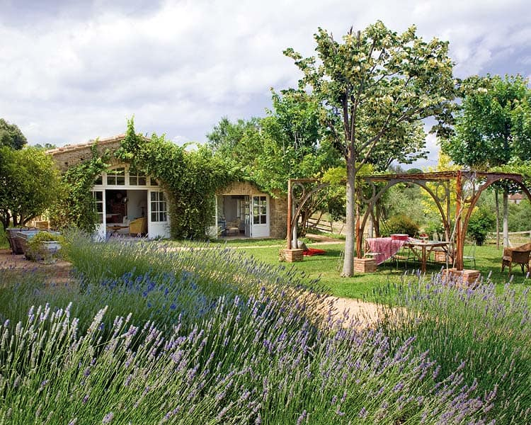 featured posts image for Restored 18th century farmhouse in the Empordà