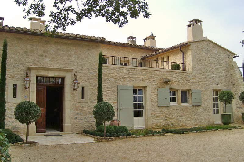 featured posts image for Absolutely stunning farmhouse retreat in Provence