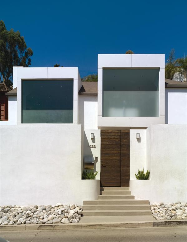 featured posts image for Contemporary Hollywood Hills Residence