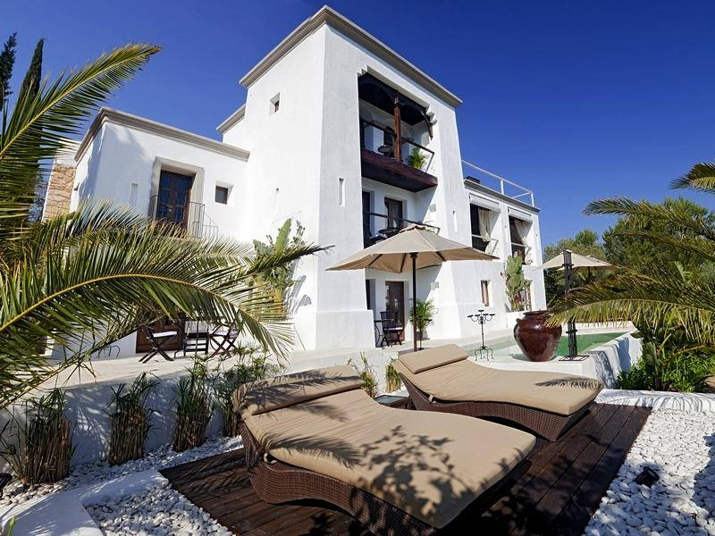featured posts image for Exquisite Mediterranean style haven in Ibiza